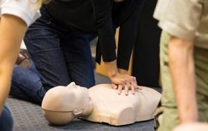 救急救命インストラクターによるわが子を守るための救命措置・AED使用の実技勉強会(神戸市内限定)
